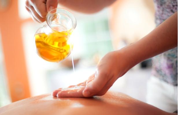 essential-oils-back-pain